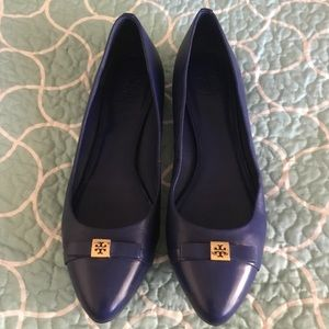 ♥️ Tory Burch Navy Blue Flats with bow Sz.10.5
